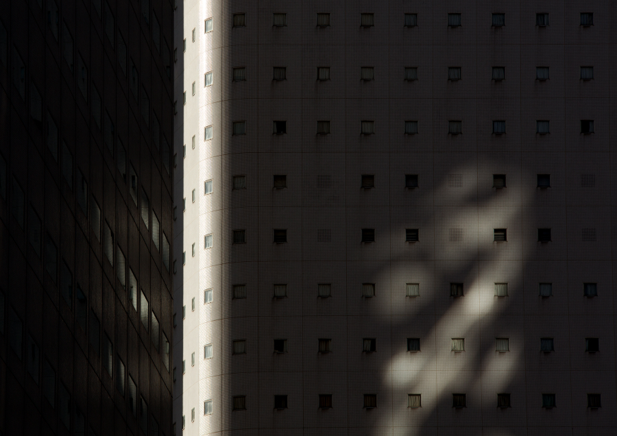 Urban sunlight_shadow
