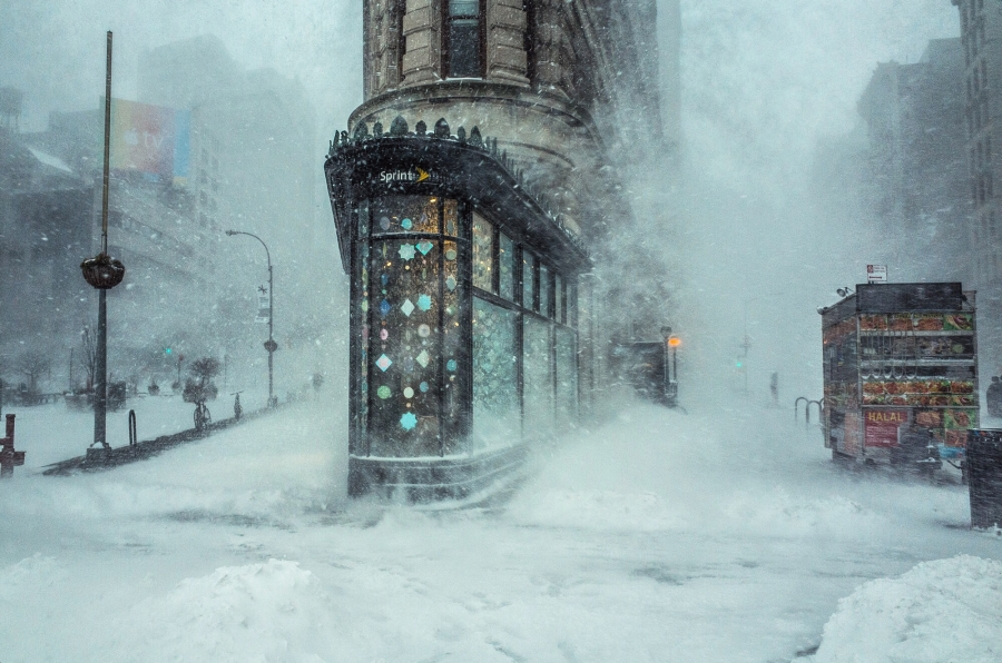 Snow Storm and the Flat Iron Building in NYC