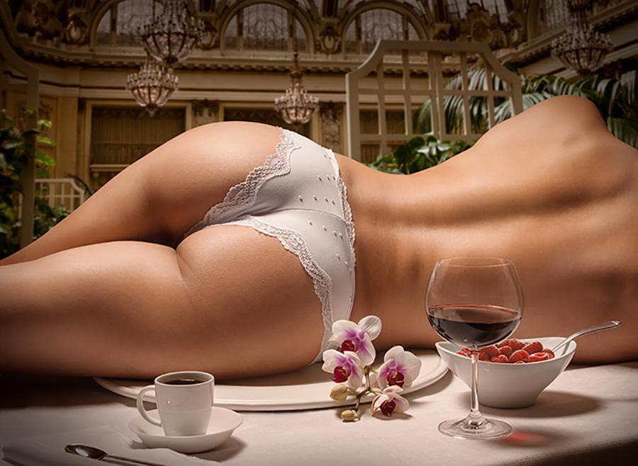 Ass huge latin tit woman