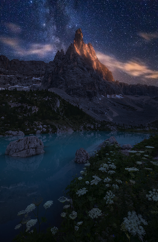 Stars and mountains