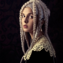 Girl with a pearl earring and an Octopus